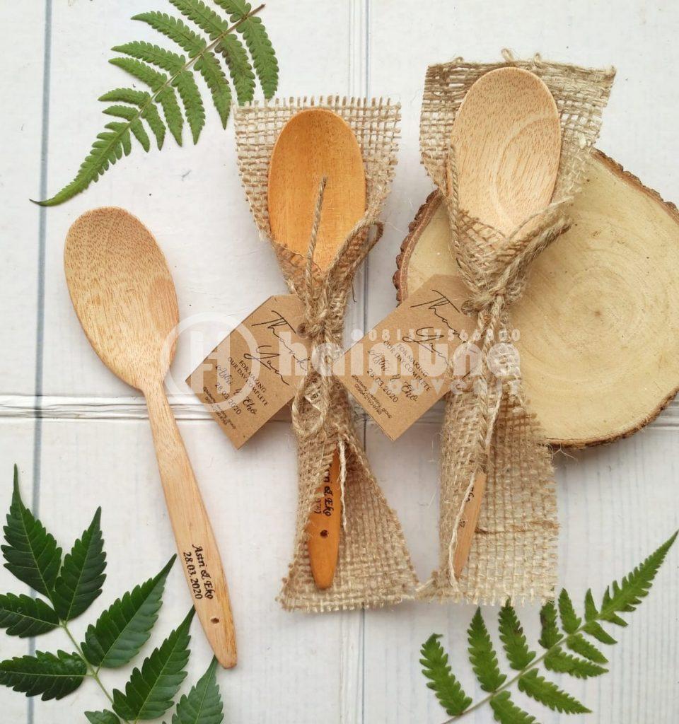 sendok atau garpu rustic