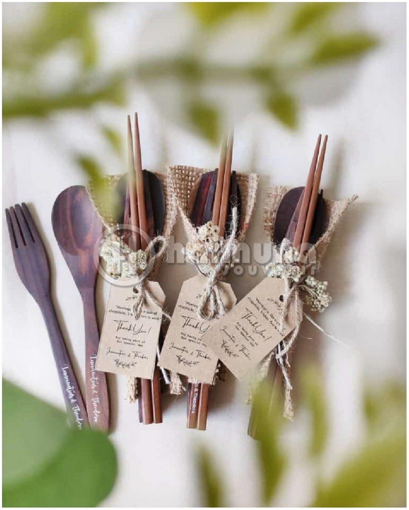souvenir sendok garpu rustic